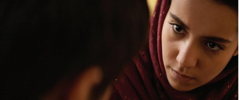 Noces : qui est Lina El Arabi, la vedette du film de Stephan Streker?